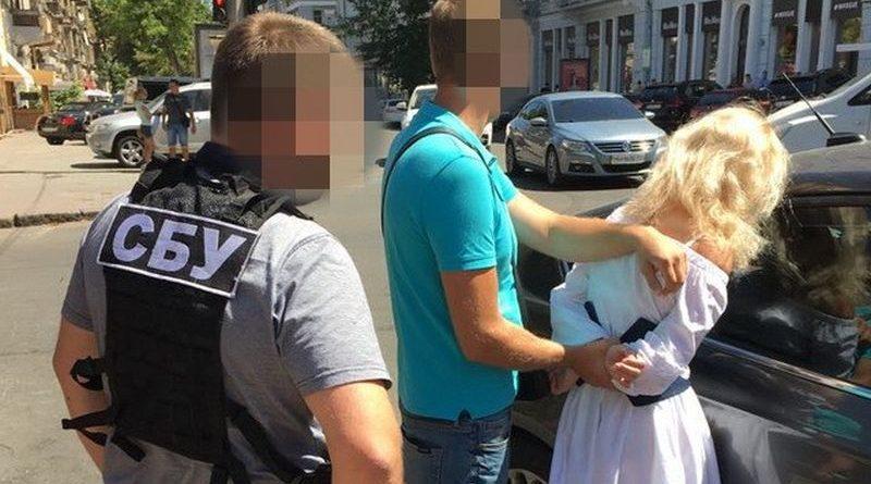 В Одесі СБУ затримала на хабарі керівника райвідділу Нацполіції (фото)