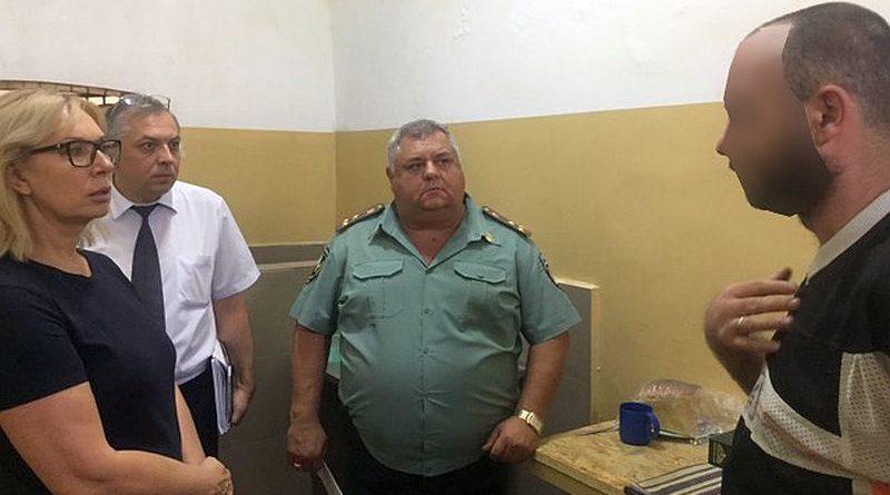 Омбудсмен здійснила візит до Київського СІЗО та поспілкувалася з ув'язненими бійцями роти «Торнадо» (фото)