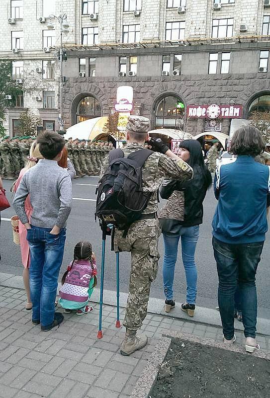 А что там у ПАПы? Я за военный парад!
