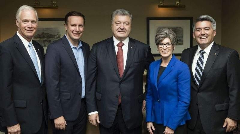 Президент України зустрівся з делегацією Сенату США