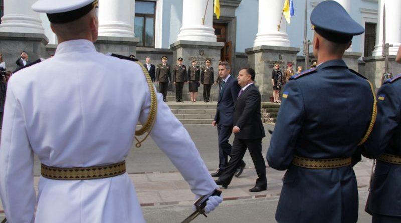 У Міноборони відбулася церемонія зустрічі Держсекретаря з питань оборони Великої Британії (фото, відео, брифінг)