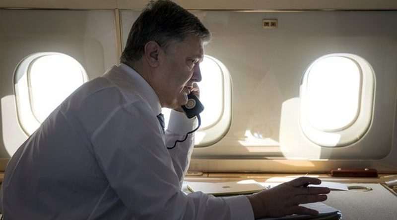 Президент зателефонував до Одеси та поцікавився станом здоров'я громадського активіста Олега Михайлика