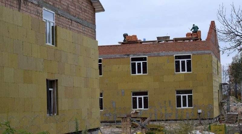 На Житомирщині триває будівництво гуртожитків поліпшеного типу для військовослужбовців-контрактників (фото)