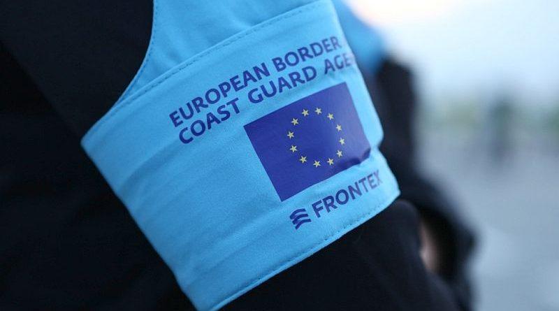 У столичних аеропортах ДПСУ разом з експертами Європейської агенції FRONTEX проводять спільну операцію