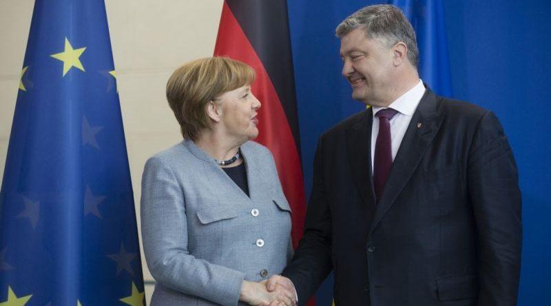 1 листопада Президент України Петро Порошенко проведе переговори з Федеральним канцлером ФРН Ангелою Меркель