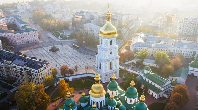 Петро Порошенко запрошує всіх небайдужих до подячної молитви за автокефалію для нашої Церкви