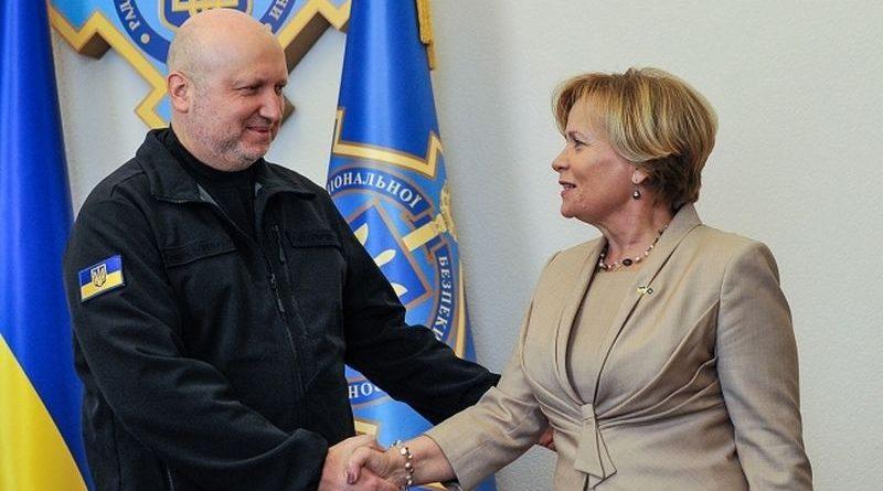 Турчинов провів зустріч з Президентом Парламентської асамблеї НАТО Юкнявічєнє (фото)