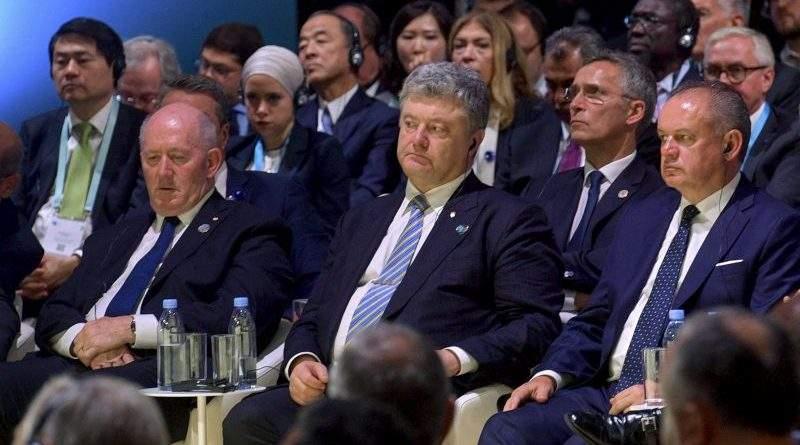 Президент України за результатами робочого візиту до Франції зустрівся з представниками ЗМІ