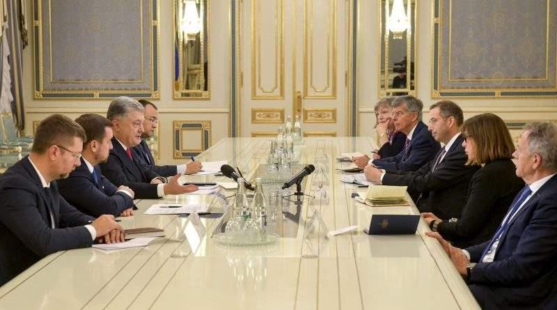 Президент України прийняв делегацію Національного демократичного інституту США та Європарламенту (фото)