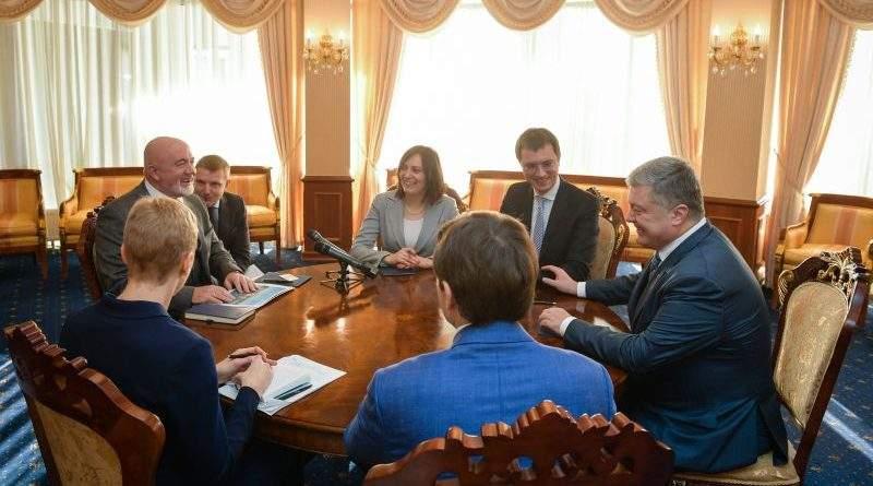 Петро Порошенко провів зустріч з керівництвом авіакомпанії Ryanair (фото, відео)