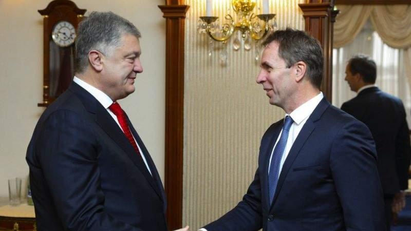 Петро Порошенко провів зустріч з Головним виконавчим директором компанії Wizz Air Джозефом Вараді (фото, відео)