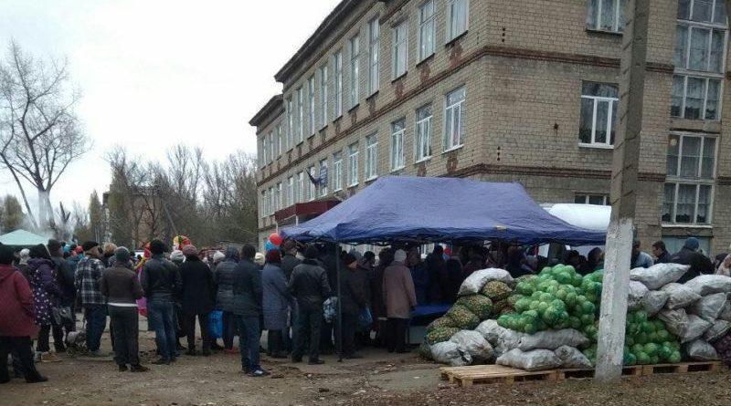 В кращих традиціях СРСР в ОРДЛО відбуваються так звані вибори (фото)
