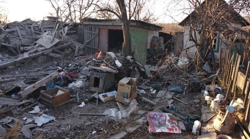 Окупанти навмисно продовжують нищити житлові квартали (фото, відео)