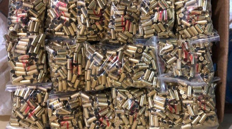 СБУ блокувала в столичному регіоні діяльність організованої групи торгівців зброєю (фото)