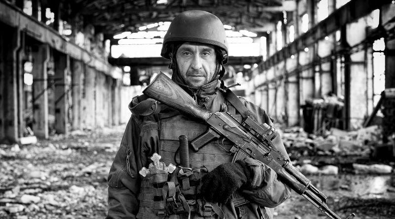 Світлина з загиблим українським захисником отримала золоту нагороду міжнародного конкурсу в Японії