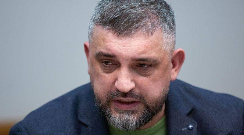 Президент на нараді щодо підсумків роботи закону щодо розмитнення та легалізації «євроблях» (фото, відео)