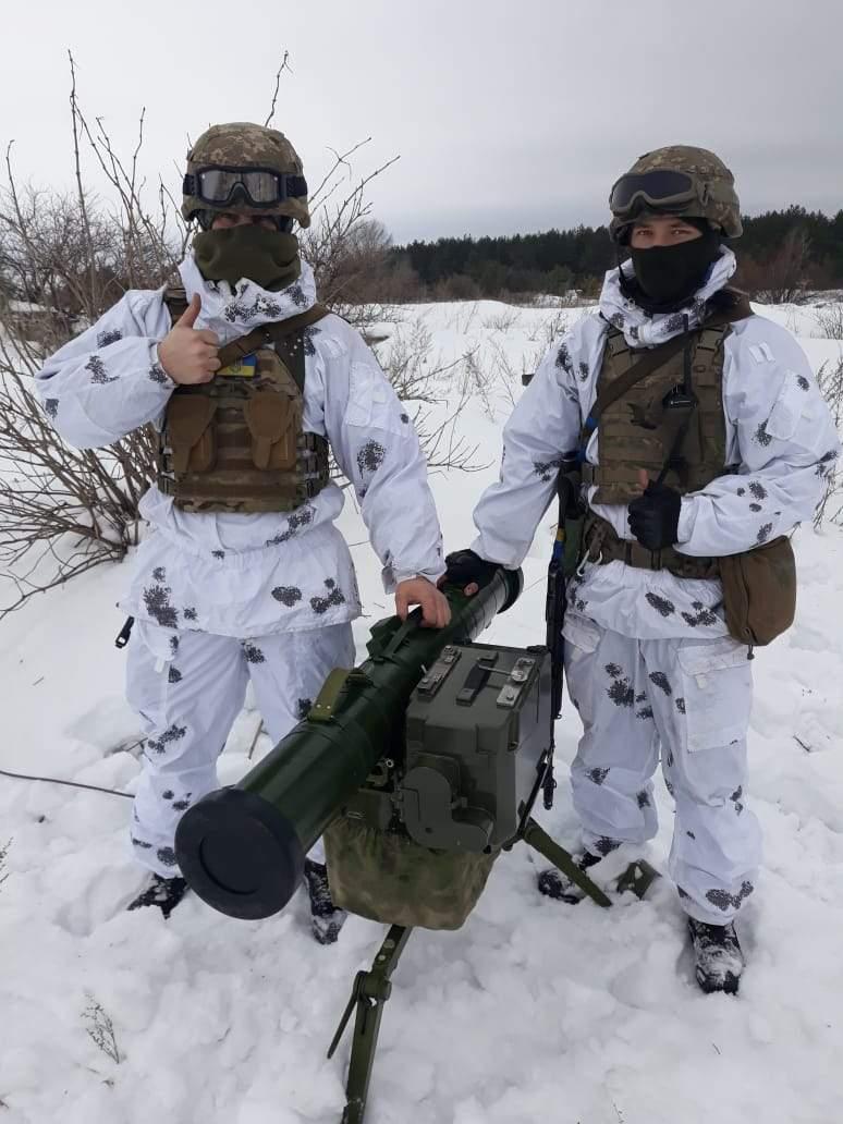 Армію простіше вимазати в бруді та не помічати