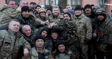 В феврале 2015 Порошенко переиграл Путина (відео)