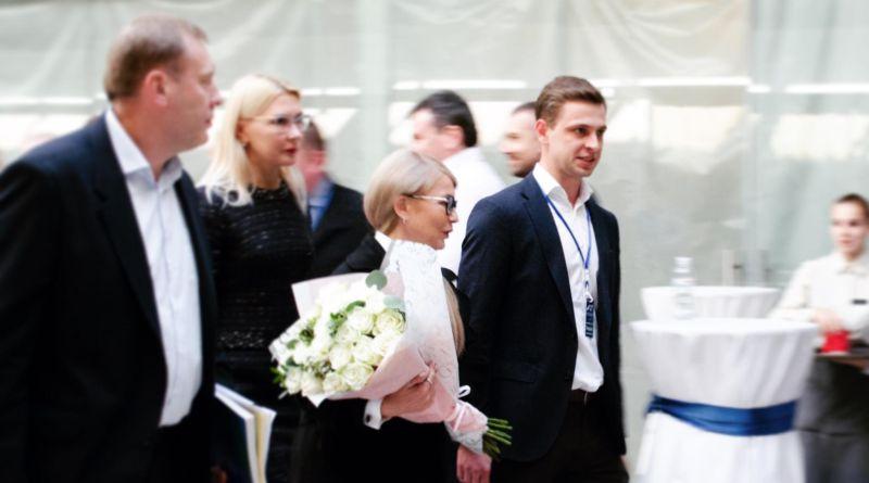 Кажется, у Юлии Владимировны в Киеве начало припекать