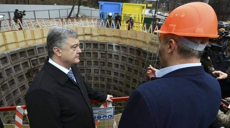 Президент ознайомився з проектом будівництва київського метрополітену на Виноградар (фото, відео)