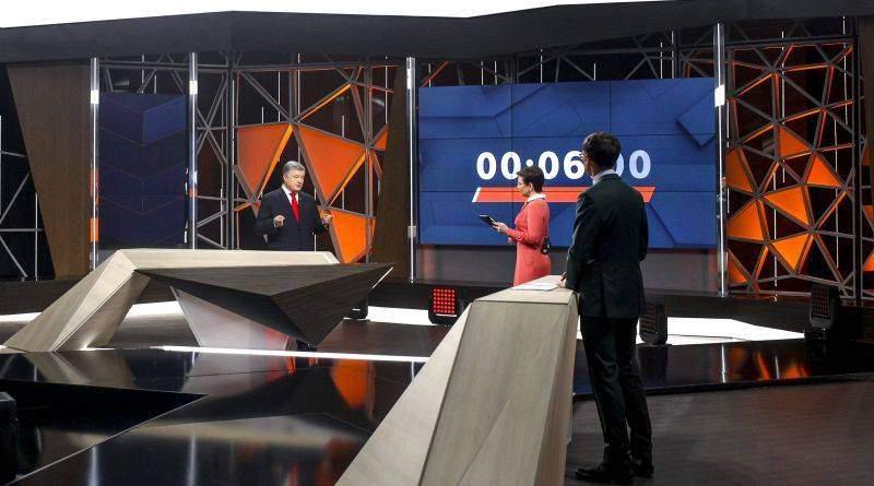Петро Порошенко відповів на питання журналістів та телеглядачів в ефірі телеканалу «Україна» (фото, відео)