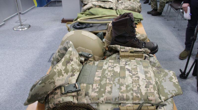 Зміни в речовому забезпеченні армії: огляд новинок для військових (фото)