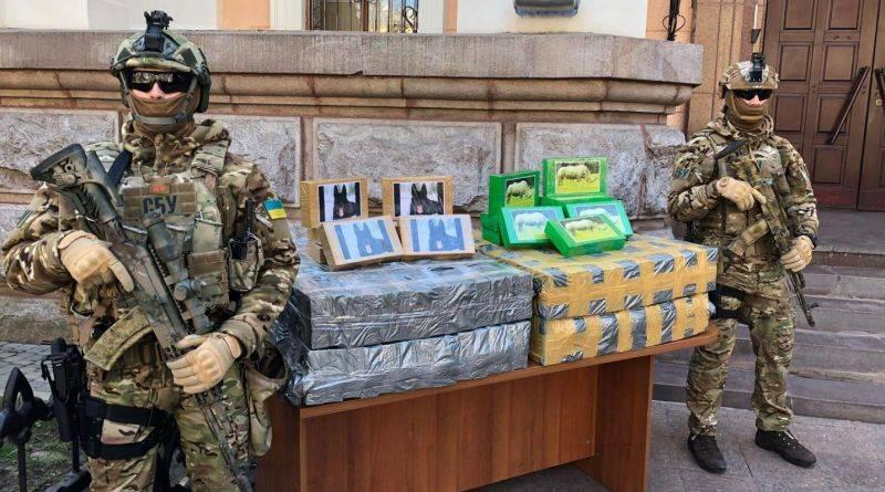 Правоохоронці Одещини перекрили міжнародний наркотрафік та вилучили 257 кг кокаїну в порту (фото, відео)