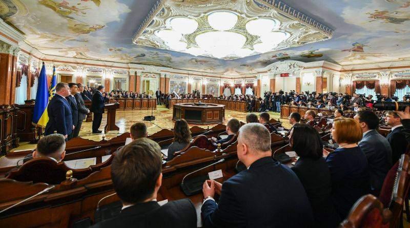 Виступ Президента на урочистому заході щодо призначення суддів Вищого антикорупційного суду (фото, відео)