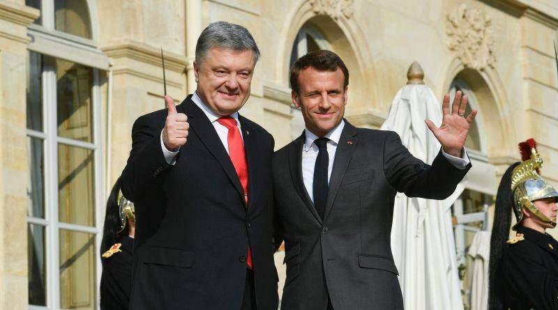 Петро Порошенко дав інтерв'ю українським телеканалам за підсумками візиту до Берліна та Парижа (фото, відео)