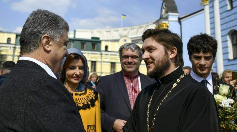 Президент з родиною на святковому богослужінні з нагоди Свята Входу Господнього в Єрусалим (фото, відео)