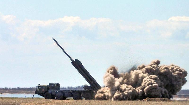 Президент України привітав успішні випробування нових українських ракет (фото, відео)