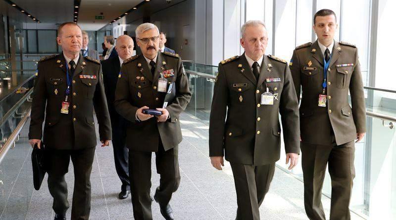 Віктор Муженко відвідав штаб-квартиру НАТО для участі в засіданні Військового комітету НАТО + Україна (фото)