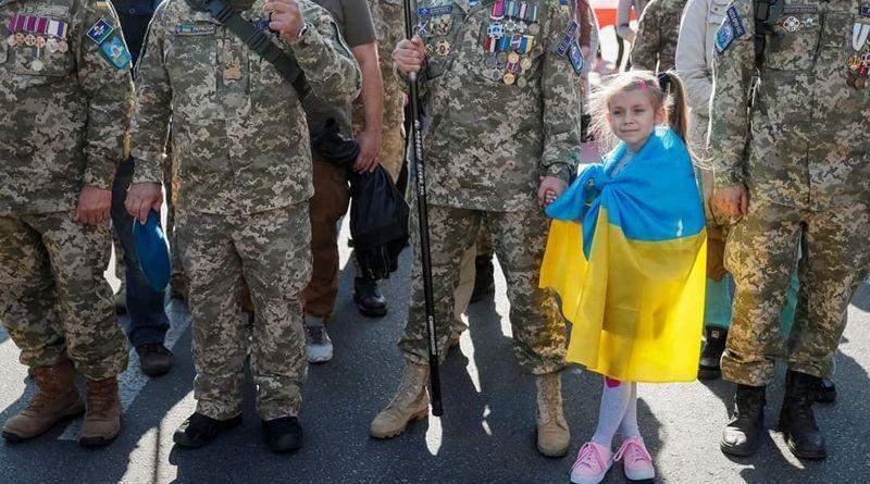 """""""... Ця Україна пахне кров'ю та потом! Ця Україна пахне вогнем!.."""" (дуже багато фото, відео)"""