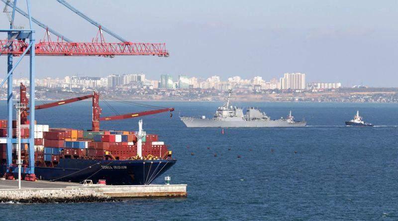 Американський ракетний есмінець «Porter» прибув до Одеси (фото, відео)