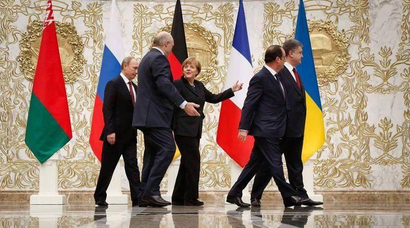 Зеленський допоміг Путіну зіскочити з Мінських домовленостей