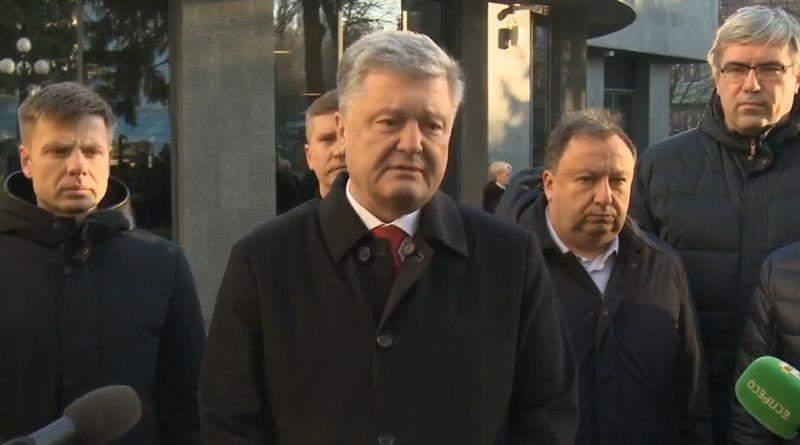 Петро Порошенко привітав військовослужбовців ЗСУ, ветеранів, їхні родини з Днем Збройних сил (відео)