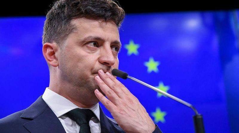 В Парижі не буде представника України