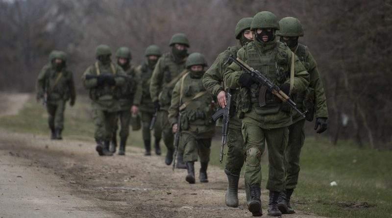 «Путин, введи войска!» Как Кремль пытается «защищать» соотечественников за рубежом