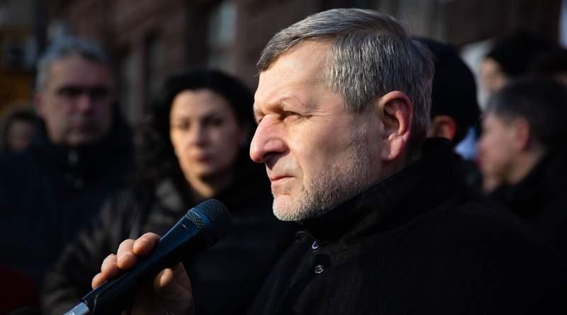 Акція на підтримку Петра Порошенка під ДБР. Хроніка одного дня (фото, відео)