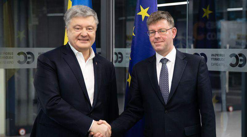 Петро Порошенко зустрівся з послом Литви Марюсом Януконісом (фото)