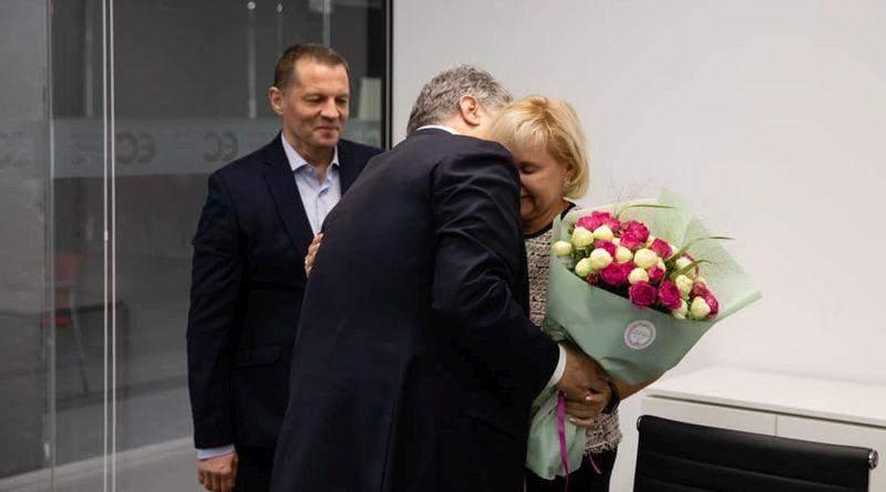 Петро Порошенко привітав із днем народження журналіста і політв'язня Романа Сущенка (фото)