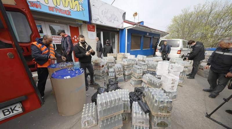 У Дніпрі близько 700 літрів вилученого алкоголю направлять на виготовлення антисептиків (фото)
