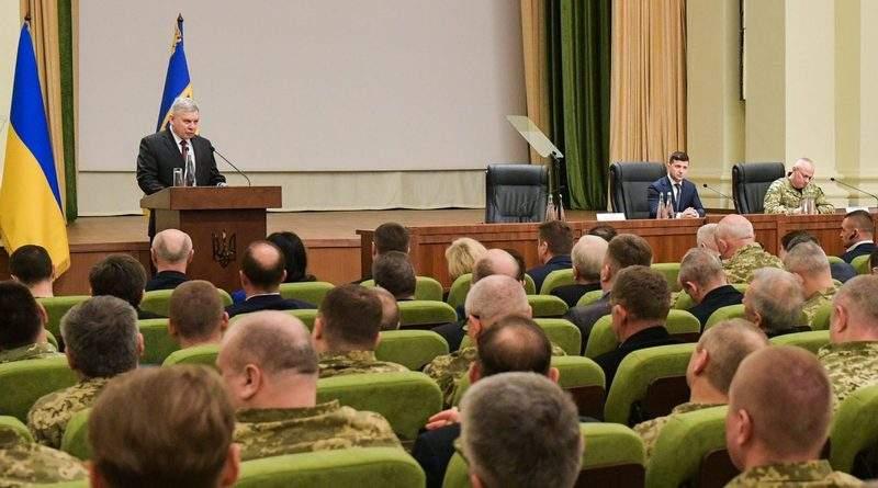 Для нового міністра оборони НАТО не на часі