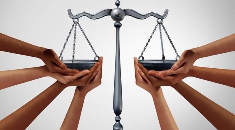 Висновок Ради Європи стосовно рішень Конституційного Суду України щодо судової влади