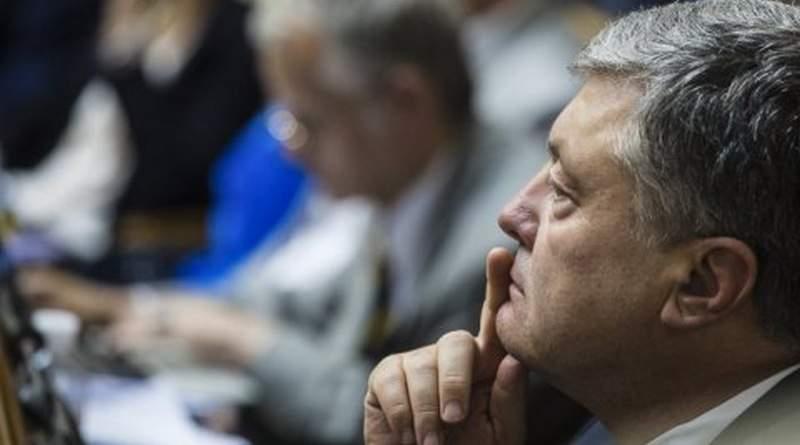 Адвокат Ілля Новіков: Влада хоче арештувати Порошенка (брифінг адвокатів, відео)