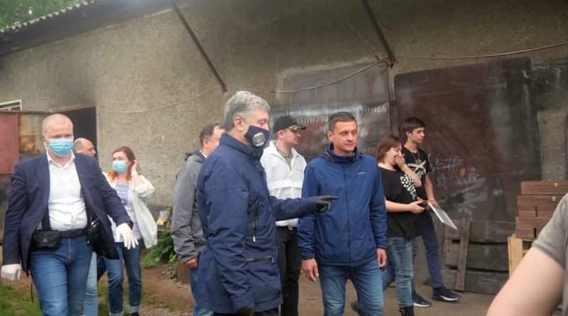 Робоча поїздка команди Петра Порошенка у постраждалі від руйнівної повені райони Прикарпаття (фото, відео)