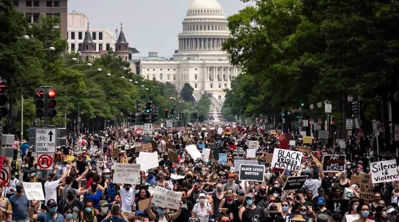 Фейки о Майдане и протестах в США – те же кремлевские технологии