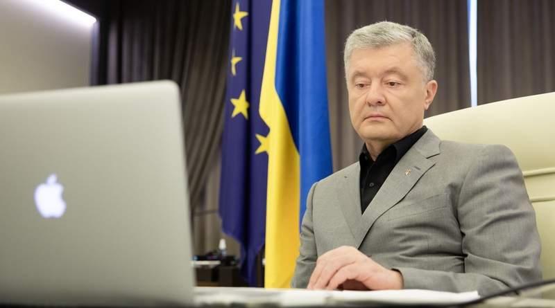 Петро Порошенко виступив на форумі ЄНП з питань протидії дезінформації та пропаганді