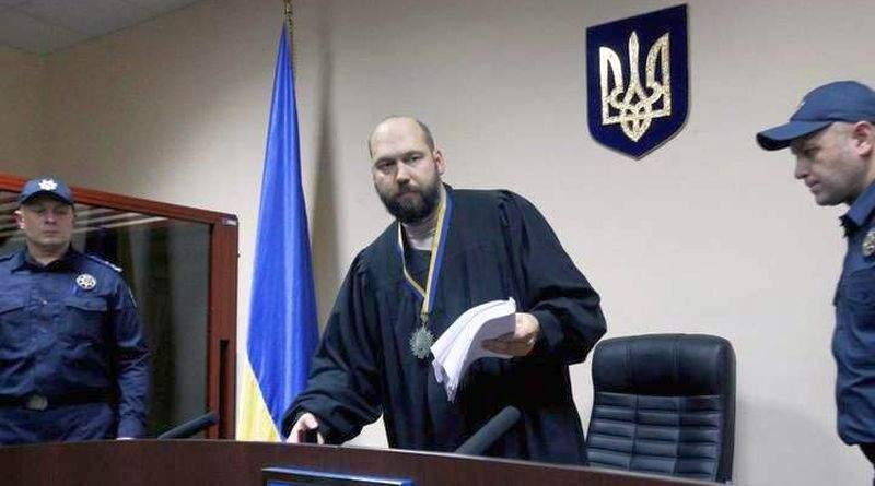 Судья Вовк творит максимальную дичь