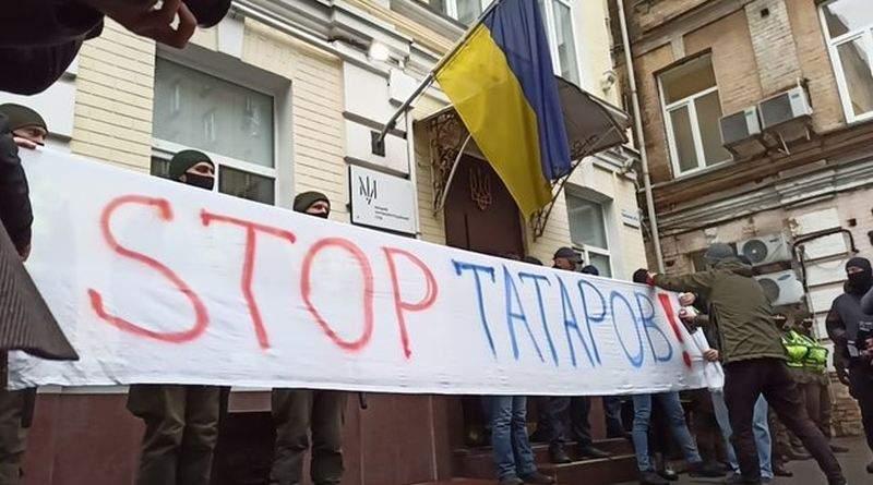 Зеленський особисто зливає справу Татарова